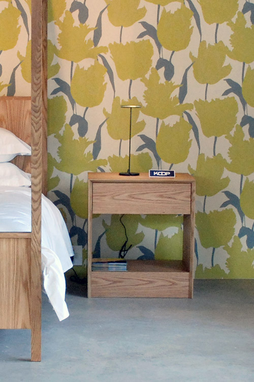 bevel-bedside-table-06