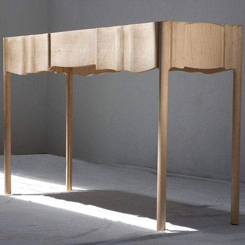 LINEN-FOLD-TABLE-01